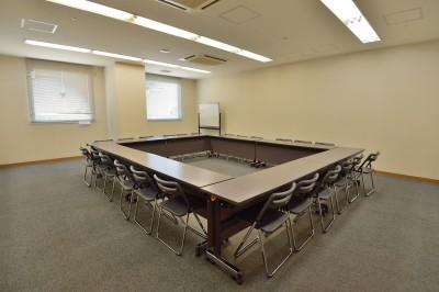 ルピア会議室